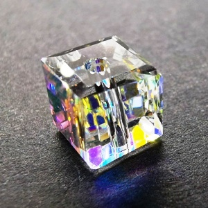 8mm Faceted Crystal Cube - Crystal AB